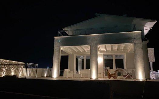 Casarano Villa con Piscina ottimamente rifinita - Immobiliare Colazzo