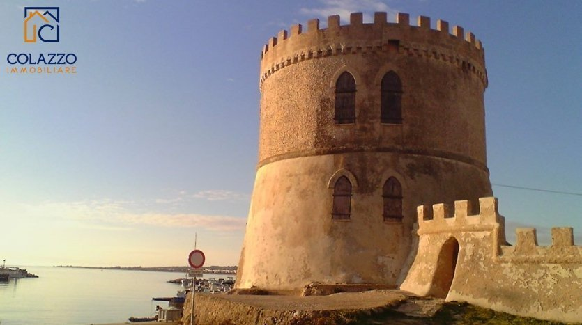 Torre Vado vista porticciolo e torre