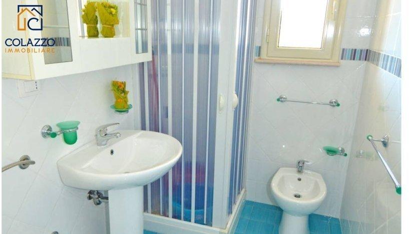 bagno appartamento torre vado