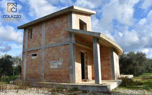 prospetto ovest casa a rustico in vendita a Casarano